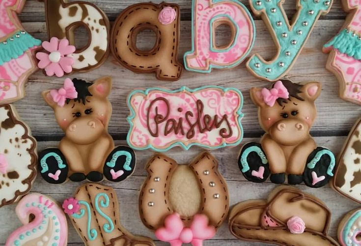 Another Cowgirl is on her way! Western Baby Shower Cookies & Cake ☆♡☆