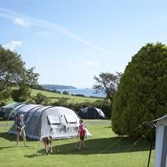 Slapton Sands - A family site with seaviews and sandy and shingle beaches within walking distance.