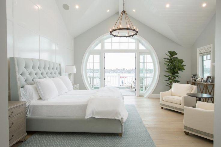 """This bedroom screams """"breath of fresh air."""" Image via: Rooms Viewer   HGTV"""