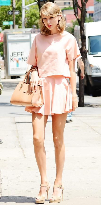 Look of the Day - Taylor Swift - from InStyle.com