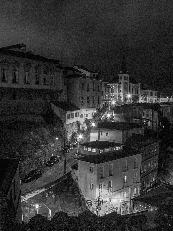 Valparaíso Nocturno
