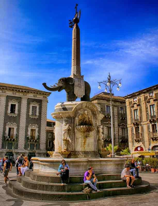 Fontana dell'Elefante, Catania, Sicily. The Elephant of Catania standing  since 1239 is the official symbol of the city of Catania in Sicily.