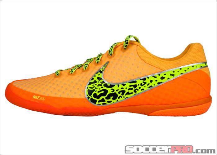 nike soccers shoes white orange