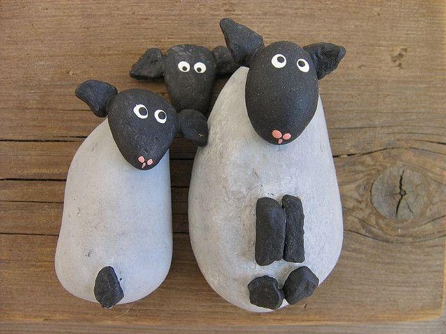 Moutons sur bois flotté