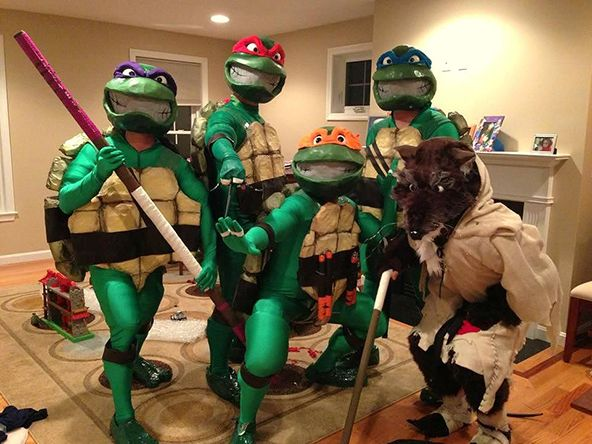 Top 15 Most Creative Halloween Costume Ideas for 2014: Teenage Mutant Ninja Turtles #TMNT #halloween #halloween2014 #costumes