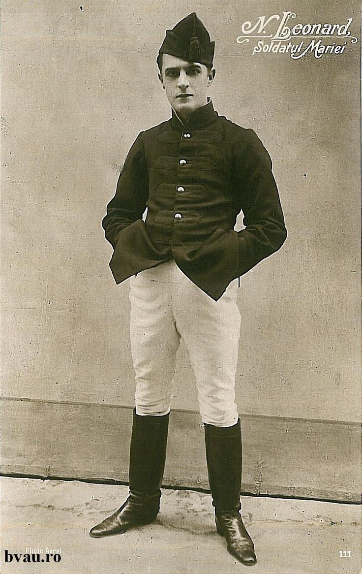 """Nae Leonard în """"Soldatul Mariei"""", Galati, Romania, anul 1916.  Imagine din colecţiile Bibliotecii Judeţene """"V.A. Urechia"""" Galaţi."""