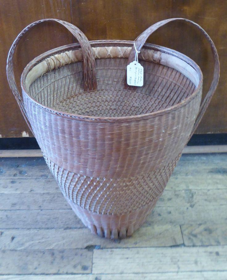 Handmade Pack Basket : Hand made native american back pack basket booth