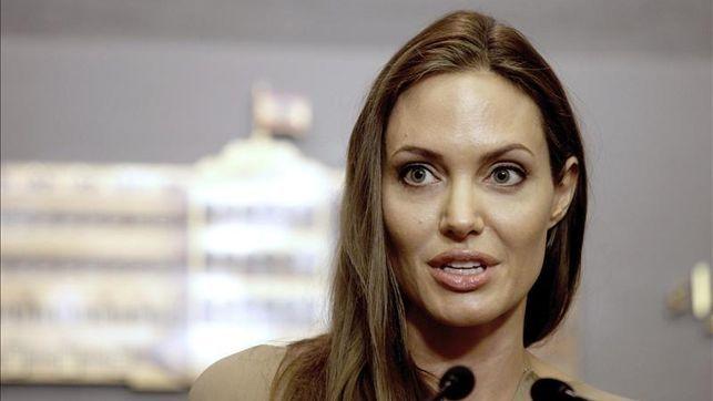 Angelina Jolie Se Extirpará Ahora Los Ovarios Tras Someterse A Una Doble Mastectomía