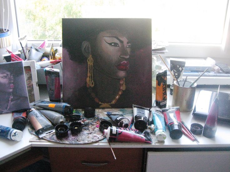Paintin' african woman...