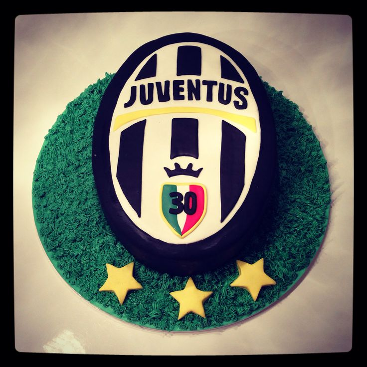 Juventus cake made by www.facebook.com/sweetsabbys