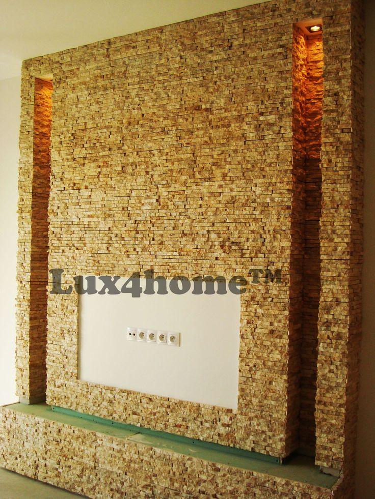 Pomysł na ściany w salonie. Tutaj #ściany obłożone okładziną z marmuru R240 Yellow od #Lux4home™. #Ściany #salon #wnętrza #kamieńdekoracyjny