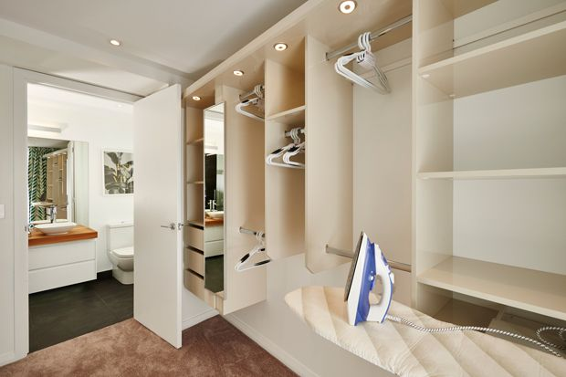 Maree Amp James S Master Bedroom Walk In Wardrobe The