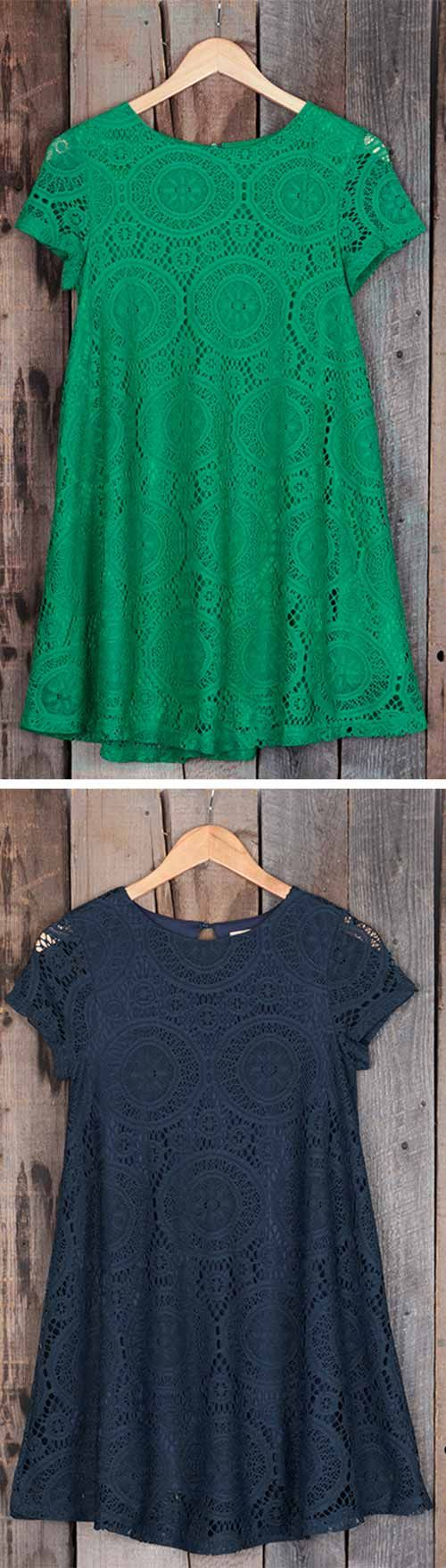 Women's wardrobes always lack an elegant dress.Beautiful lace makes the dress more elegant. Hollow design itself is a mystery. Hold on to it now~