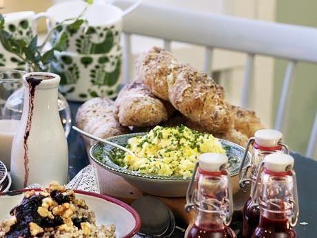 Kalljästa valnötsbaguetter Receptbild - Allt om Mat