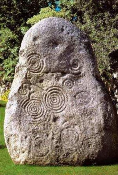 Marvelous standing stone from late neolithic Sardinia.