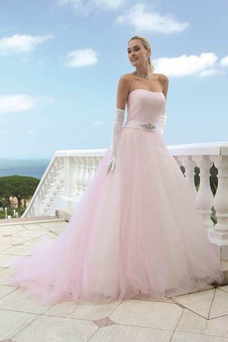 De mooiste roze trouwjurken