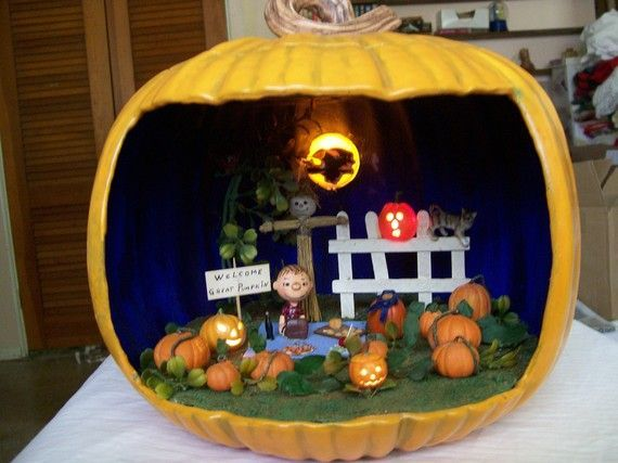 ooak waiting for the great pumpkin diorama pumpkin carving pumpkin diorama - Halloween Diorama Ideas