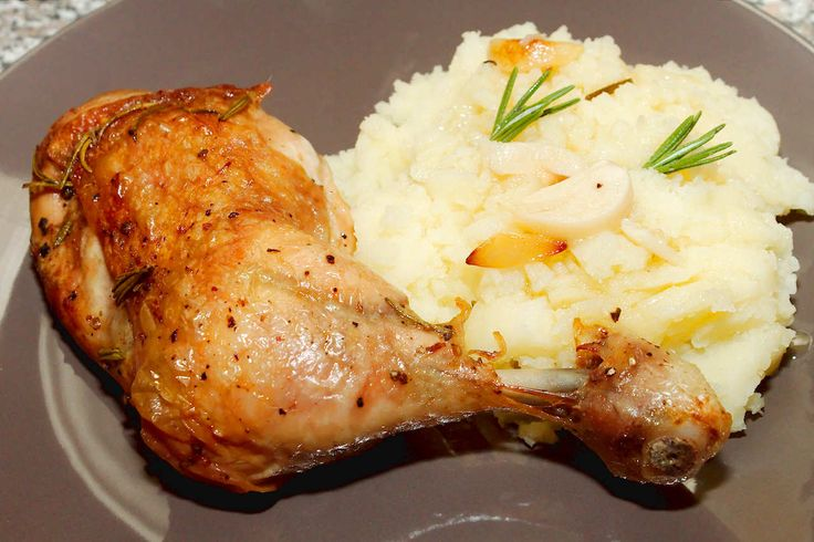 Rozmaringos sült csirkecomb recept