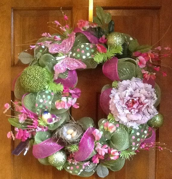 How To Make Mesh Wreaths | Welcome in Spring or Easter Deco Mesh Wreath by HertasWreaths