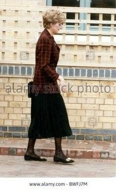 10 March 1993: Princess Diana opens the Riverpoint Hostel For Single Homeless Women, Manor Place, Southwark, London