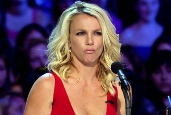 8 Hilarious Britney Spears 'X Factor' Gifs