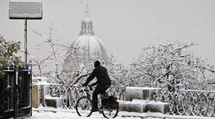 La neve ti rende una persona più felice.. #neve #inverno #natura #felicità #bambini #libertà