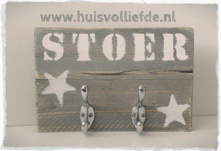Kapstokje van steigerhout! Stoer! Www.huisvolliefde.nl