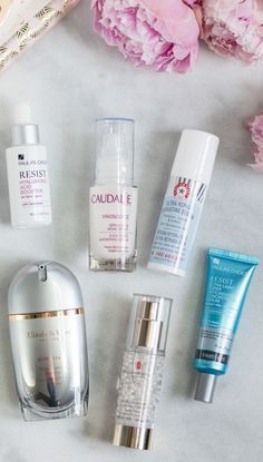 The best new skincare products for women in their 20s - including the best serums for adding moisture and antioxidants to your skin while reducing fine lines and wrinkles. Click through this pin to see the full post by beauty blogger Ashley Brooke Nicholas!