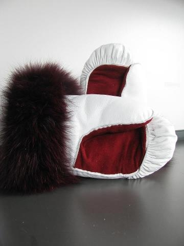 Inuit made red & white mitts w/ fur trim