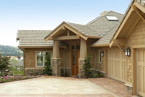 Best Ranch Home With Cedar Shake Siding Reinvented Style 400 x 300