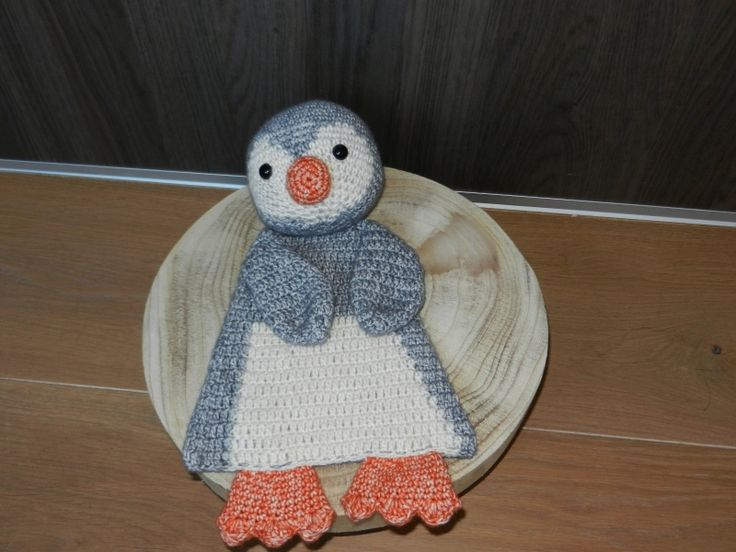 Gehaakte lappenpop Pinguin