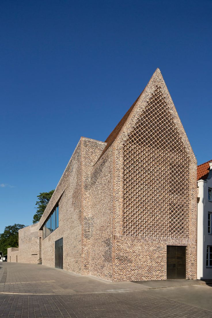 Giebelständige Fassade In der Kleinen Altefähre…