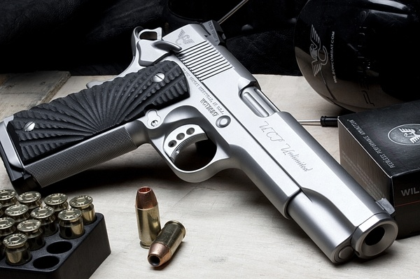 Modified Colt 45 ACP! Love love love