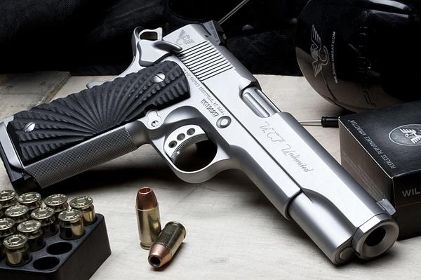 Modified Colt 45 ACP! Love love love