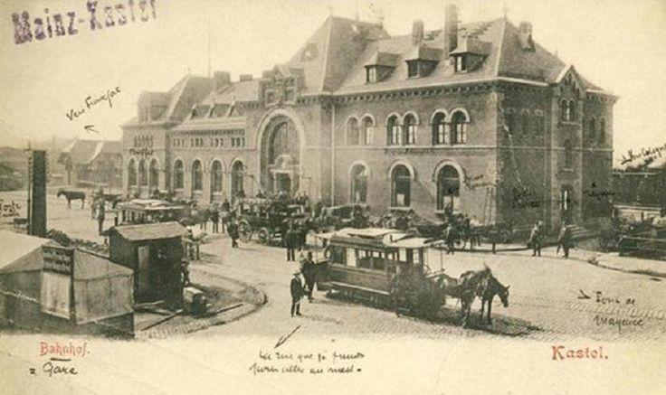 Mainz Kastel verfügt seit der Eröffnung 1839/40 über einen Bahnhof, der anfangs BahnhofKastel am Rhein hieß. Mit der anderen Rheinseite der Stadt Mainz bestand damals keine direkte Schienenverbind…