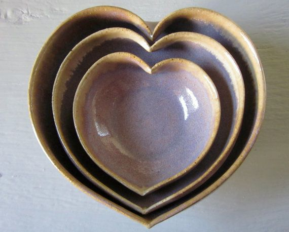 Just the prettiest color and such a lovely heart shape!  From #JDWolfePottery on #etsy