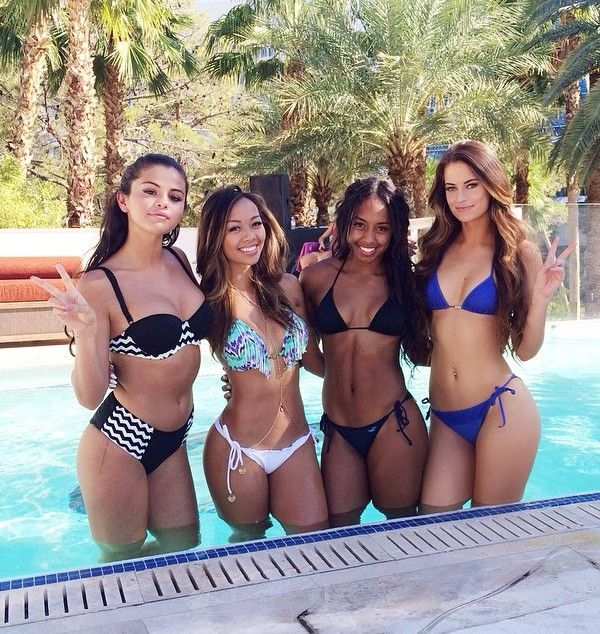 VIDEO: Justin Bieber and Selena Gomez Pool Party at Hardrock Hotel Las Vegas