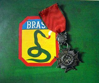 Medalhas de Guerra: Cruz de Combate de 2ª Classe                                                                                                                                                                                 Mais