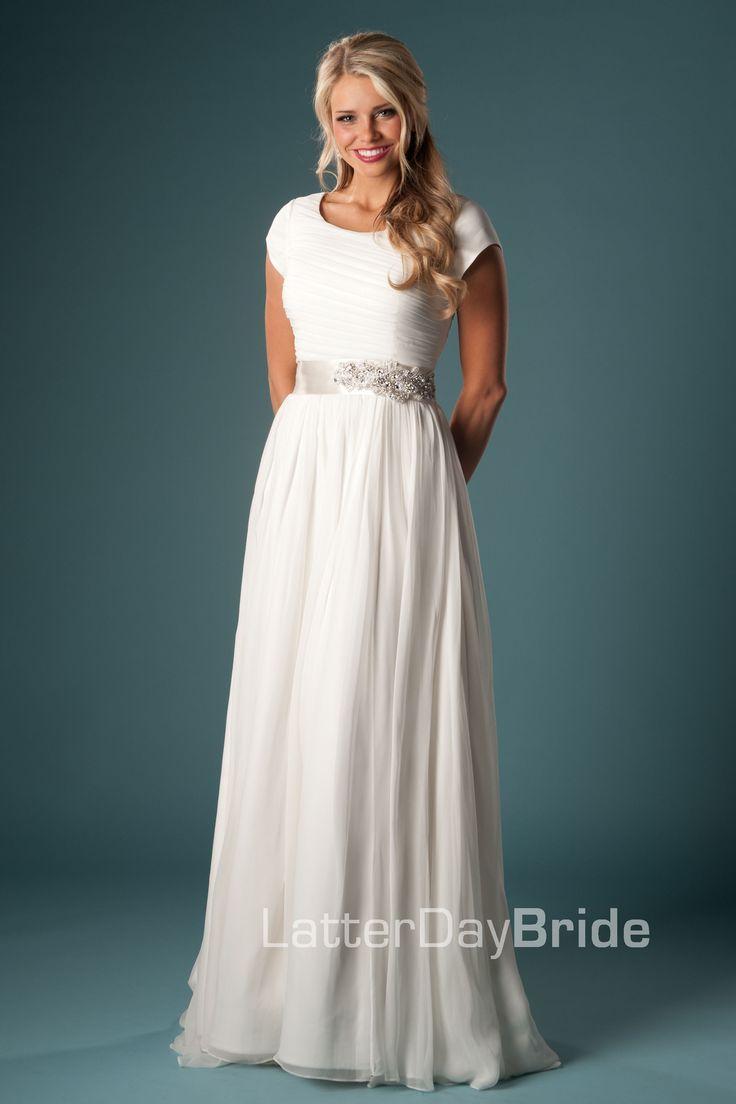 Modest wedding dress it 39 s simple as i 39 ve mentioned i a for Elegant modest wedding dresses