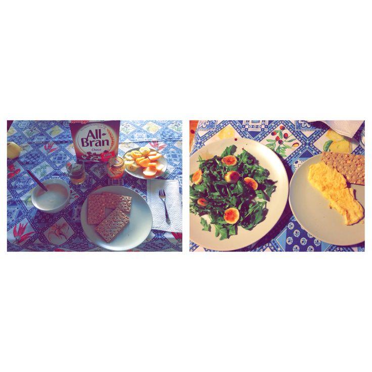 Desayuno: cereales de trigo con café con leche, un te verde, melocotón y kiwi y tostadas de fibra de wake con mermelada de melocotón