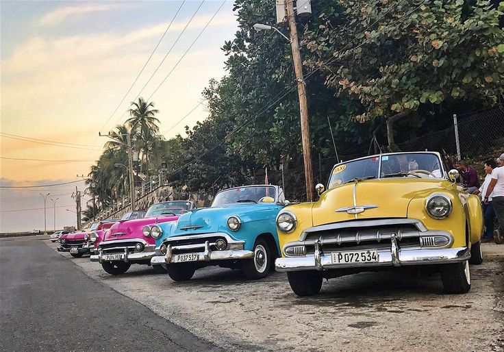 Casas and Cadillacs: how tourism works in a changing Cuba - Lonely Planet