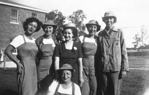 Women Marines in work uniform, 1945 - The Betty H. Carter Women Veterans Historical Project - University Archives - University Libraries-UNCG