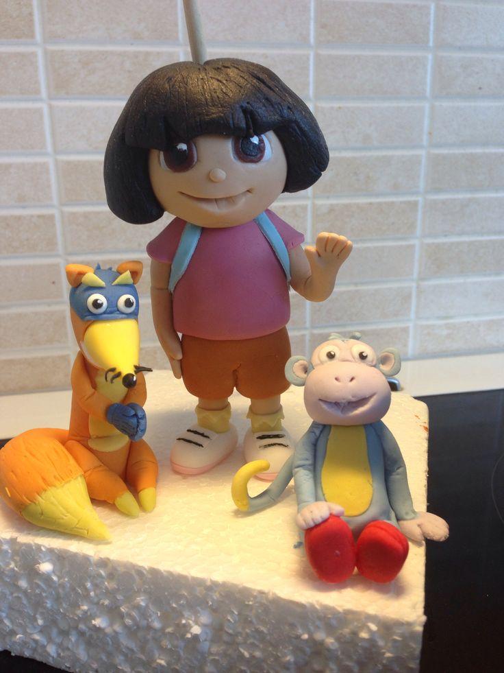 Dora the explorer and friend. Dora velmu kettu ja nuutti