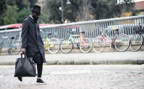 Predtým, než sa všetka pozornosť ľudí zainteresovaných  v módnom svete začala upierať na týždeň módy v Miláne, sa v susednej Florencii konala známa udalosť Pitti Uomo, ktorá nám vždy prinesie ulice plné elegancie.
