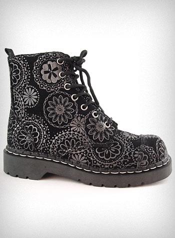 Best 20+ Floral combat boots ideas on Pinterest | Good winter ...