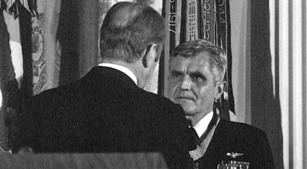 President Gerald Ford presents the Medal of Honor to Stockdale at the White House on 4 March 1976.