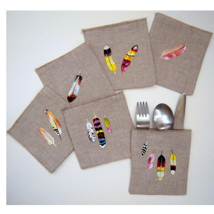 Pochettes à couverts en lin, motif plumes