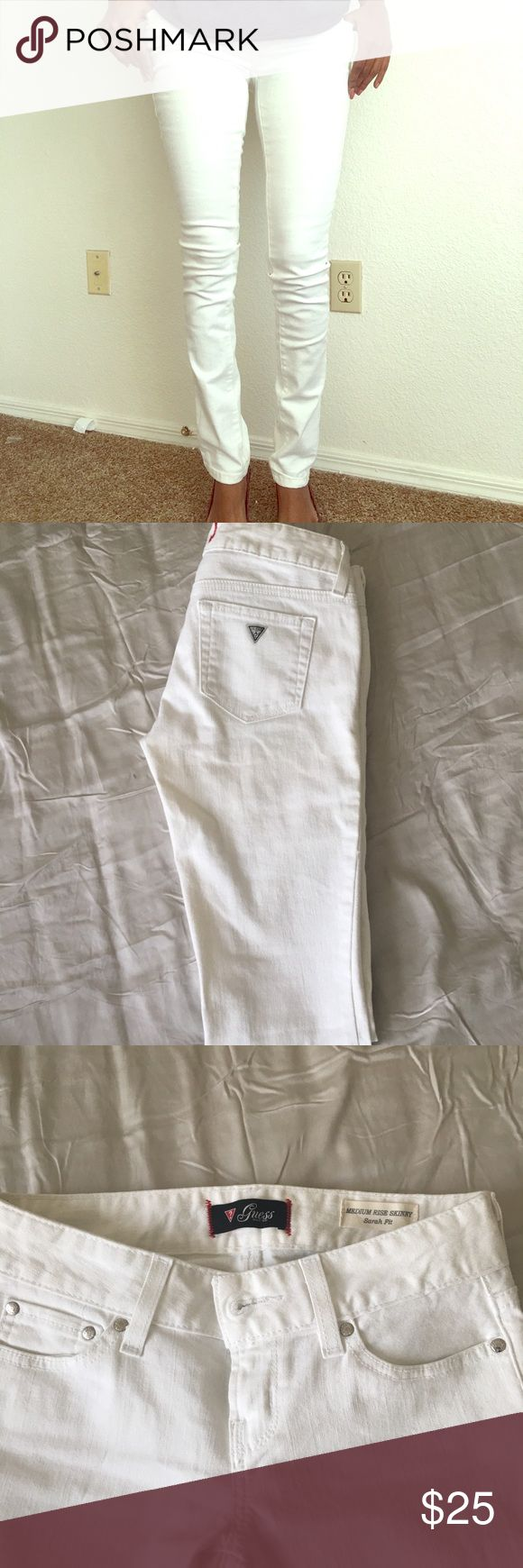 Guess white jeans/denim medium rise skinny fit Guess white jeans/denim medium rise skinny fit - Sarah fit... worn a couple of times Guess Jeans Skinny