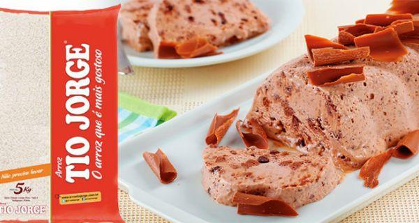 Para começar bem a semana que tal uma sobremesa diferente e deliciosa? Aprenda a fazer Sorvete-muse de Chocolate! Ótima receita para espantar o calor. Confira a receita na integra no nosso Blog: http://arroztiojorge.com.br/blog/2014/01/farofa-de-carne-seca-com-abobora/