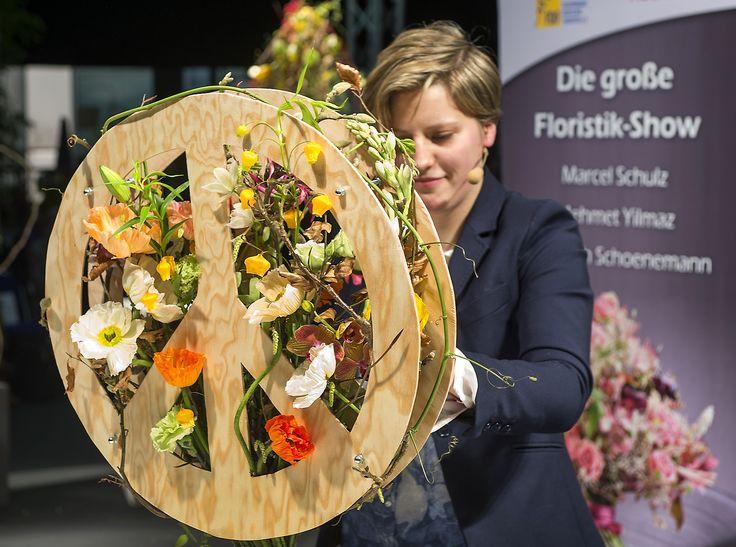 Peace Strauß von Floristin Elisabeth Schoenemann beim FDF auf der IPM ESSEN 2016